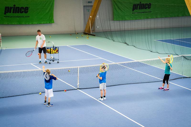 Training-STS – Sjögren's Tennisschool